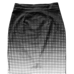 Worthington Graphic Print B/W print skirt